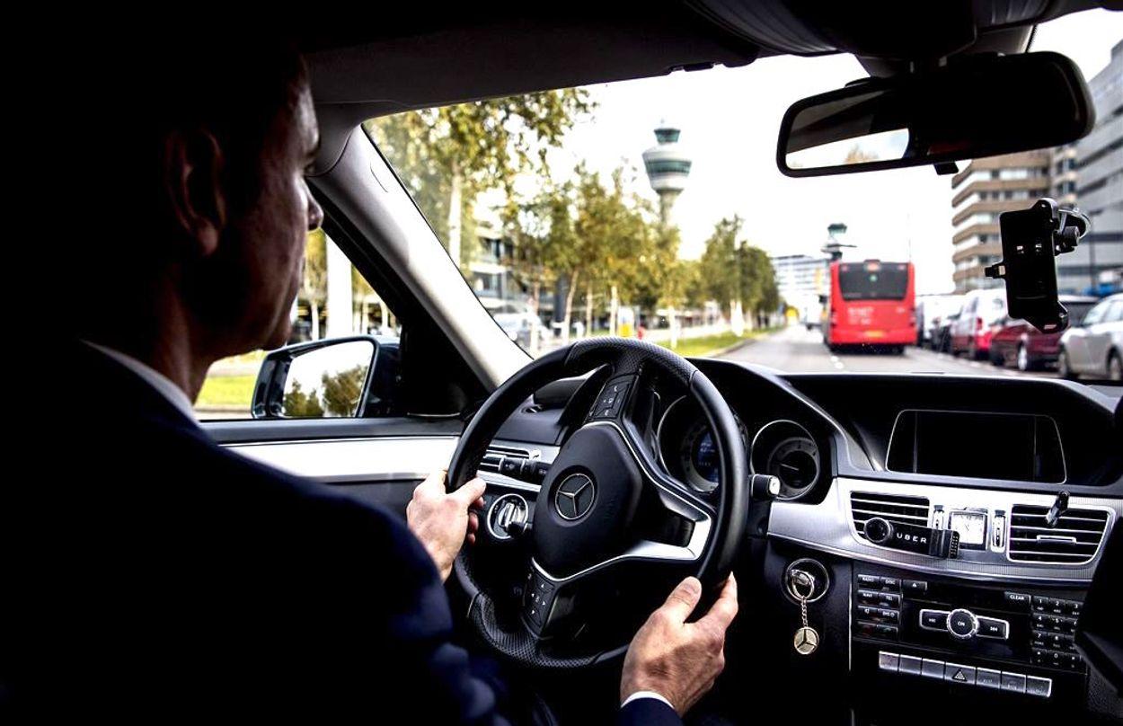 Afbeelding van ZEMBLA onthult: FNV wil proefproces tegen Uber voor betere arbeidspositie chauffeurs