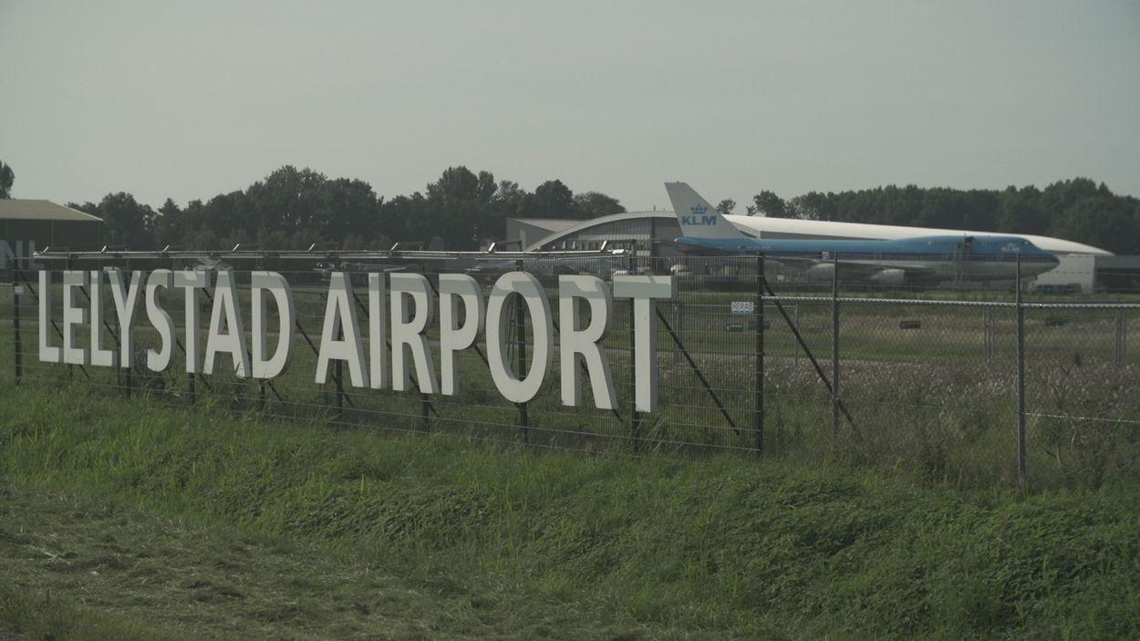 Afbeelding van Minister wil hogere aanvliegroutes Lelystad Airport maar wat betekent dat precies?