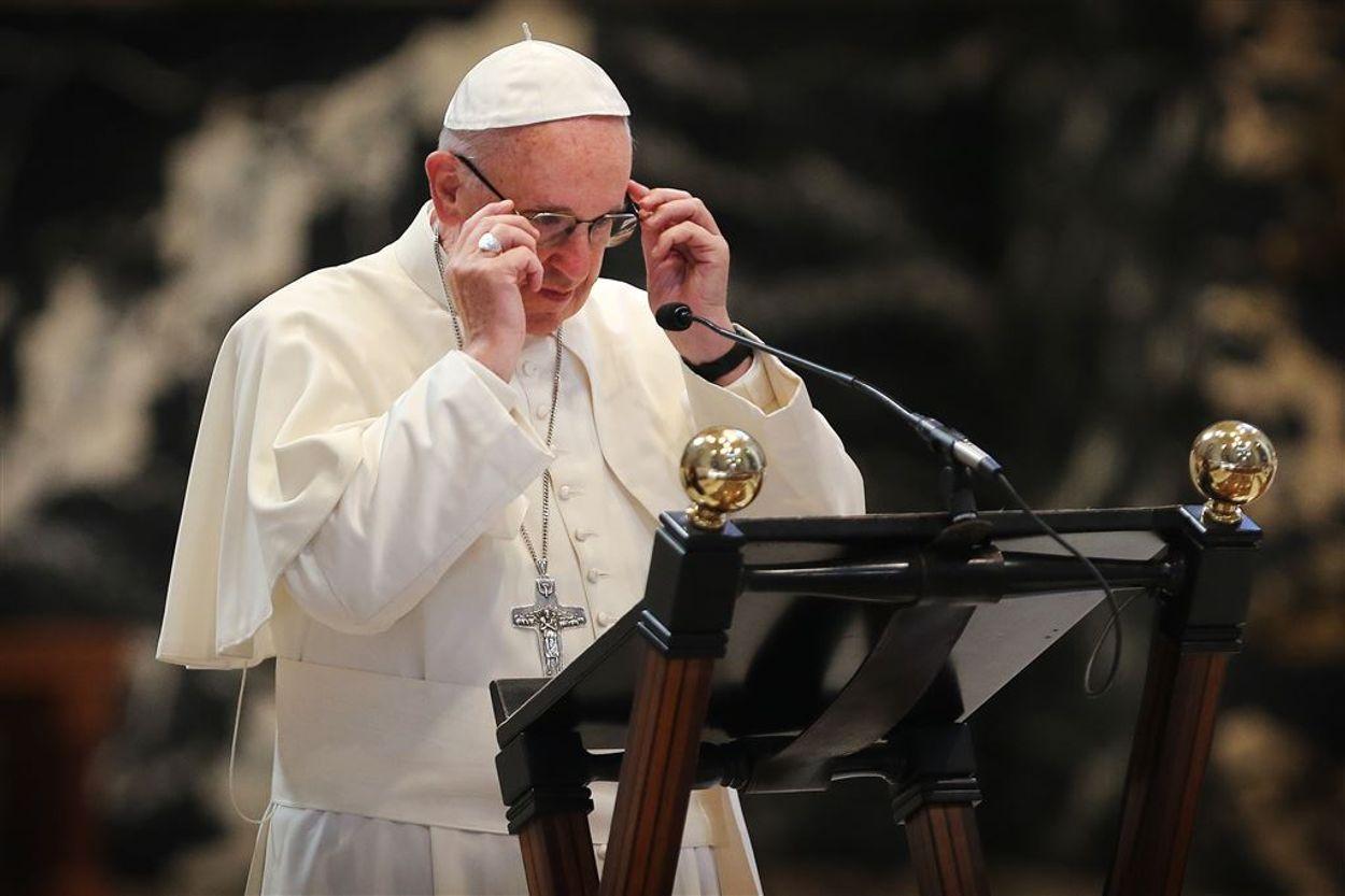 Afbeelding van Paus Franciscus gaat niet in op doofpotbeschuldiging