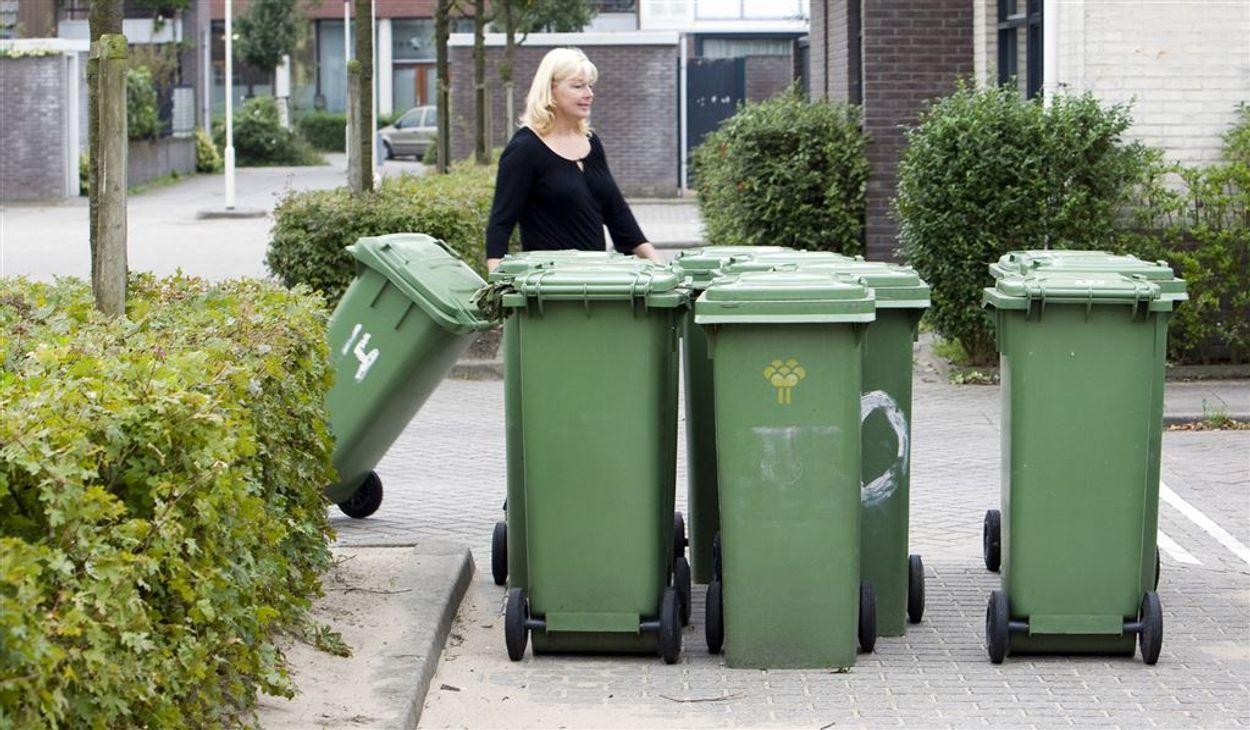 Afbeelding van Waarom ontzien overheden bedrijven en moet de burger netjes afval scheiden?