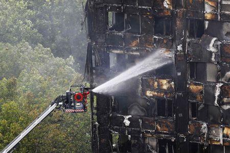 Afbeelding van Minister: 'Gemeenten moeten brandveiligheid gevels onderzoeken'