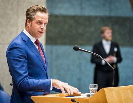 Afbeelding van Minister de Jonge erkent boodschap van manifest 'Geef ouderen hun stem terug'