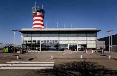 Afbeelding van Actiegroep: 'Nieuw plan Lelystad Airport oude wijn in nieuwe zakken'