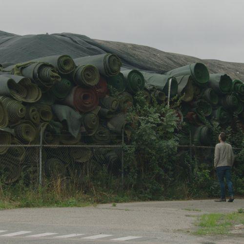 Afbeelding van Kunstgrasberg op terrein van TUF Recycling binnen een jaar opgeruimd