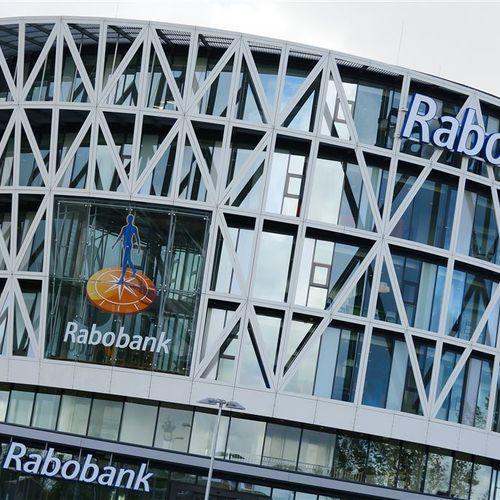 Afbeelding van Rabobank grootste Liegebeest 2018: 'de bank investeert in plofkippen en megastallen'