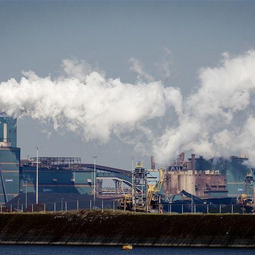Afbeelding van Onrust over volksgezondheid door afvalberg Tata Steel bij Wijk aan Zee