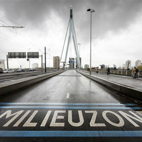 Afbeelding van Maatregelen gemeenten tegen luchtvervuiling onvoldoende: 'Lucht in Nederland is ongezond'