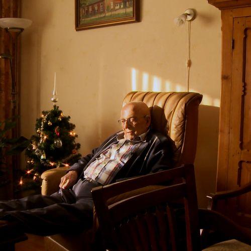 Afbeelding van Minister De Jonge: 'We moeten op zoek naar nieuwe woonvormen voor ouderen'