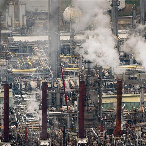 Afbeelding van 'Twintig multinationals, waaronder Shell, stoten samen een derde van alle broeikasgassen uit'